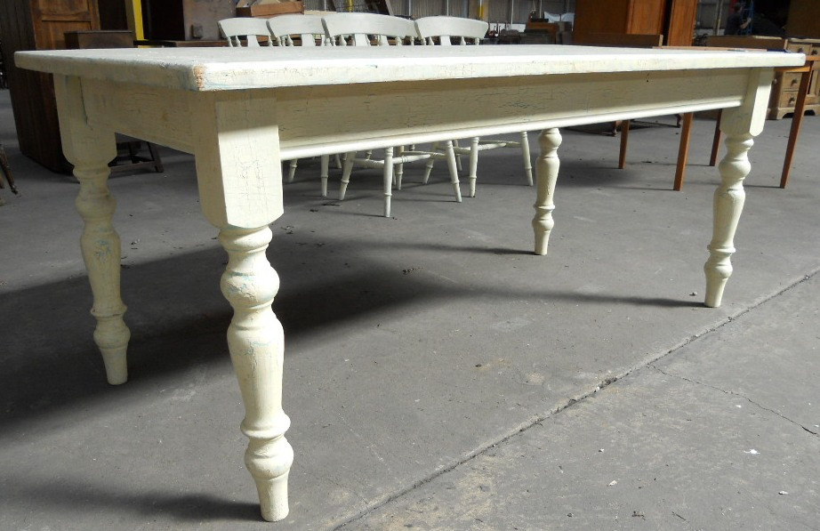 Victorian Style Painted Kitchen Table amp Matching Six Chairs